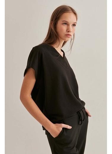 Vitrin Bluz Siyah